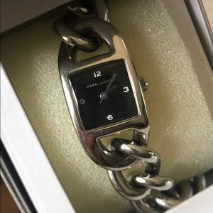 *Marc Jacobs* women chain watch_stainless steel